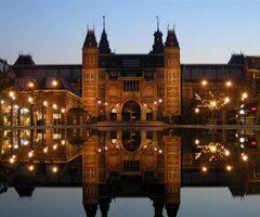 Découvrez Rembrandt au Rijksmuseumd'Amsterdam: Le peintre a l'oeil d'ambre.