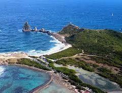 Balade le long des côtes découpées de Guadeloupe et d'Antibes