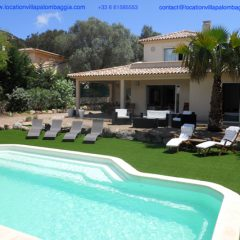 Location d'une villa classé quatre étoiles à la plage de Palombaggia prés de Porto Vecchio pour des vacances en Corse de rêve.