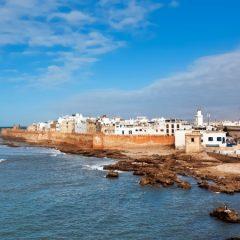 Grâce à Avantagecars, Explorez la ville Essaouira en location de voiture