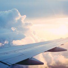 Comment voyager en avion quand on est en fauteuil roulant ?